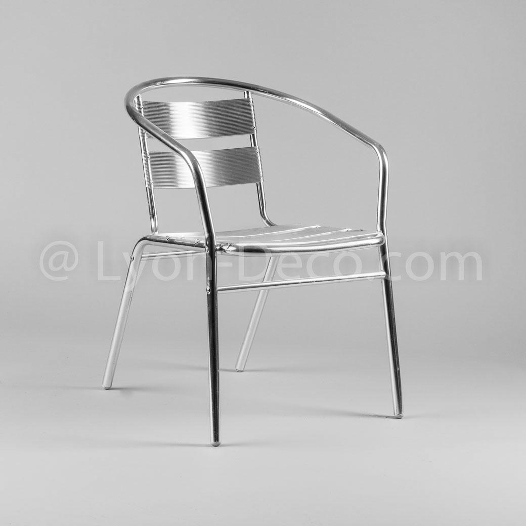 location fauteuil alu avec accoudoir accompagne nos gu ridon alu. Black Bedroom Furniture Sets. Home Design Ideas