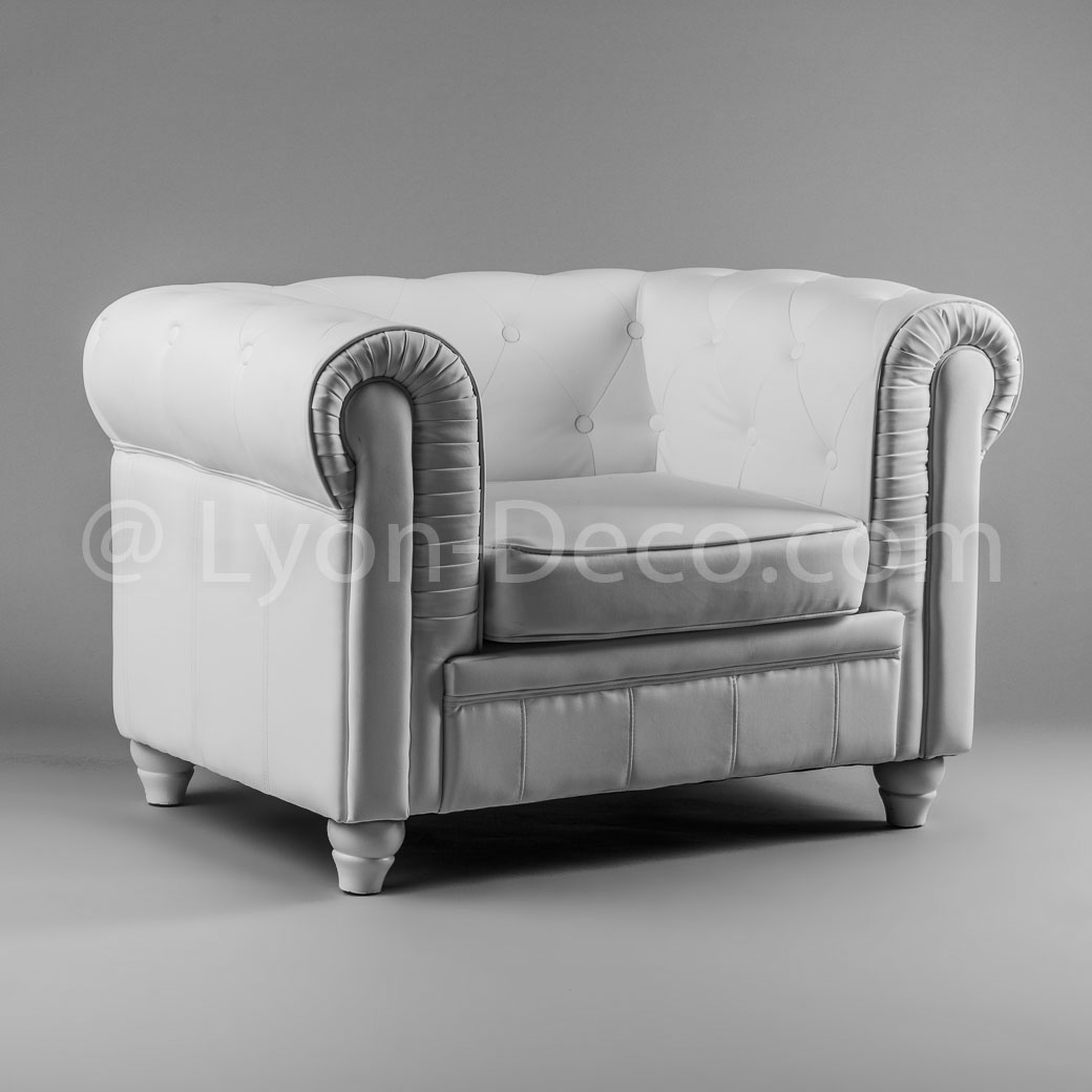 location fauteuil chesterfield blanc sur lyon et vienne. Black Bedroom Furniture Sets. Home Design Ideas