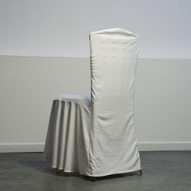 location housse de chaise lycra blanc classique sans accroche aux pieds. Black Bedroom Furniture Sets. Home Design Ideas
