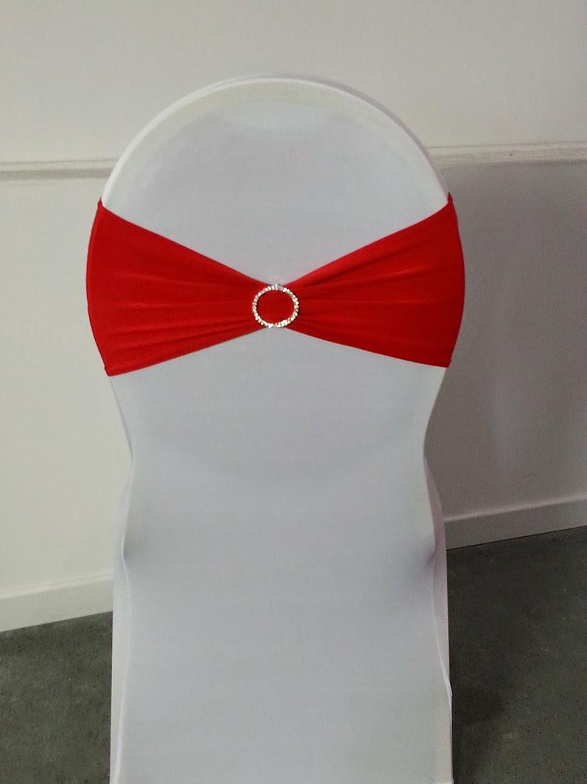 location noeud de chaise lycra rouge avec son anneau de strass intgr. Black Bedroom Furniture Sets. Home Design Ideas