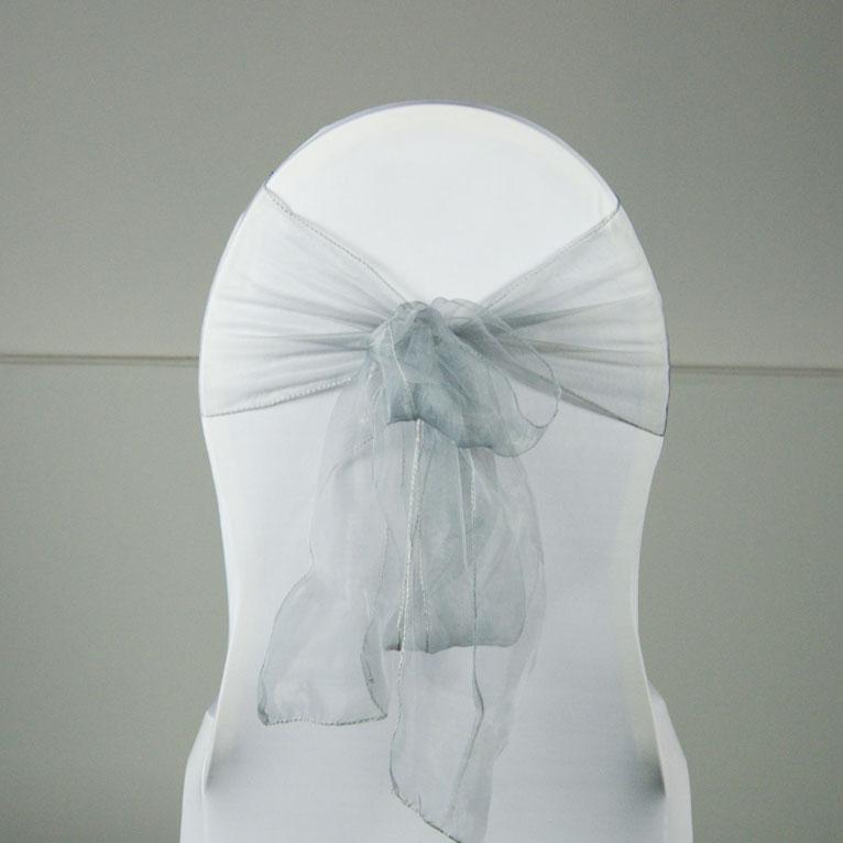 location noeud organza diff rents coloris pour housse de chaise sur lyon. Black Bedroom Furniture Sets. Home Design Ideas
