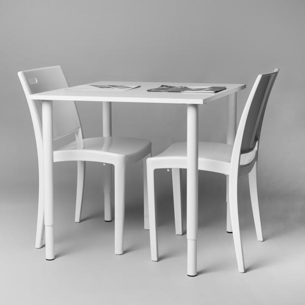 Table Carree Blanche: Location Table De Travail Carrée Blanche 75 X 75 X 70 Cm