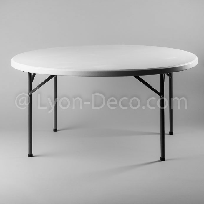 Location table ronde dia 152cm en polythylne pour 8 for Table ronde 8 personnes dimensions